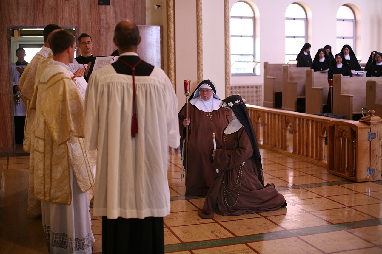 New franciscan sisters at kansas city convent district for The franciscan