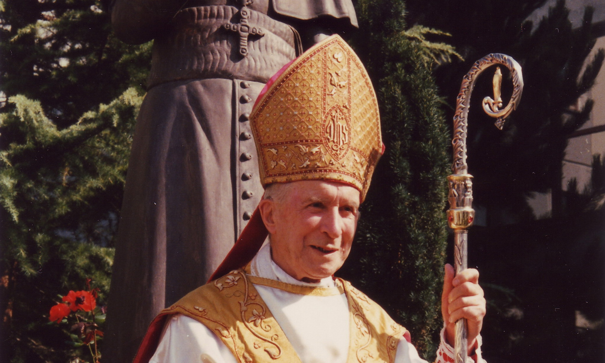 The Hot Summer Of 1976 And Archbishop Lefebvre District